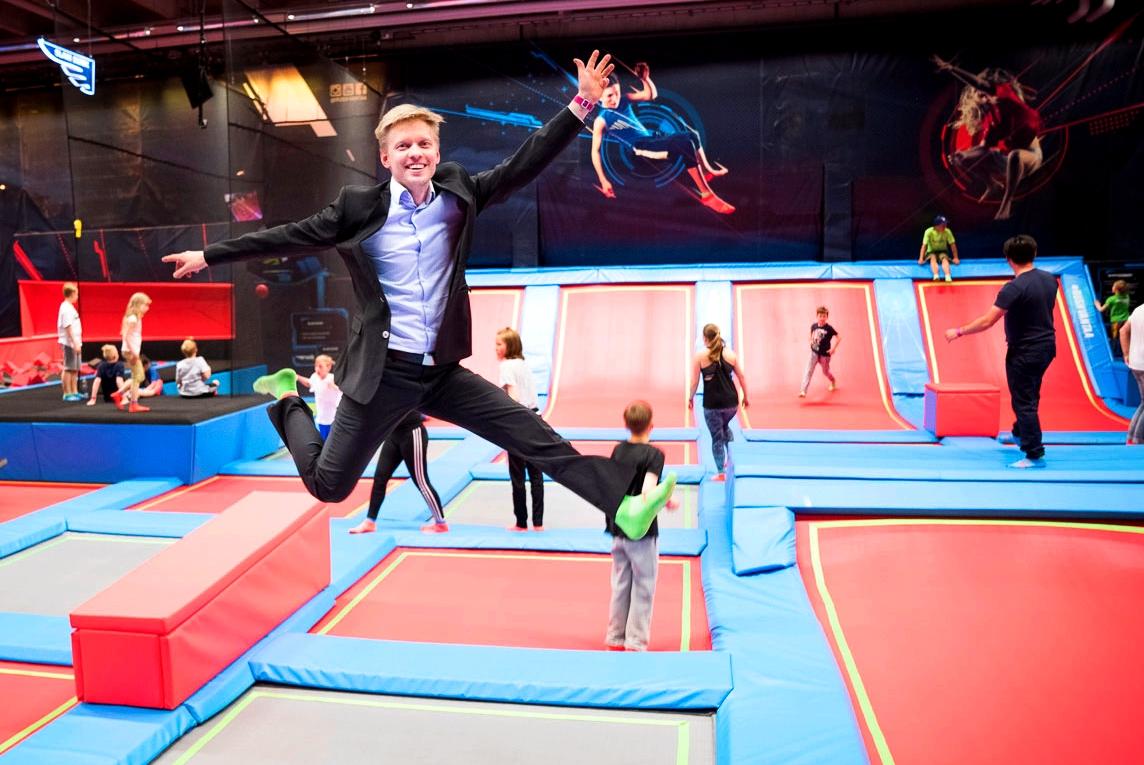Tarkat laskelmat tukena – trampoliinifirma tähyää jo Ruotsiin