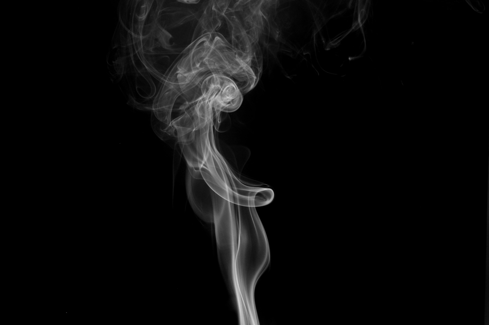 Tupakkalain outo sivujuonne: Maksut uhkaavat nousta moninkertaiseksi