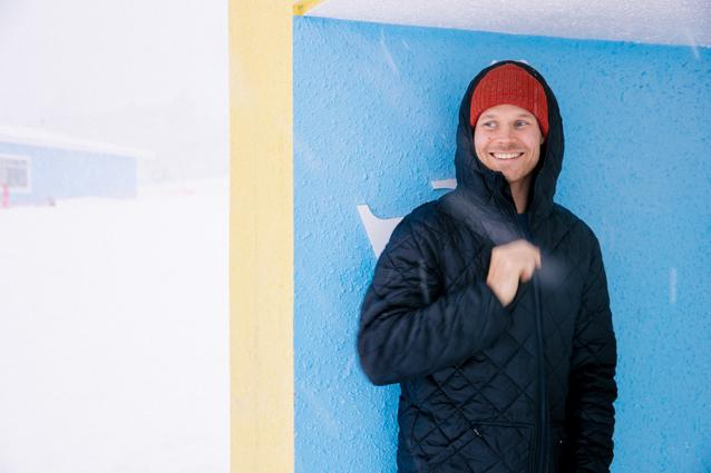 Lumilautailu teki Eero Ettalasta yrittäjän jo parikymppisenä – kova paine yhdistää