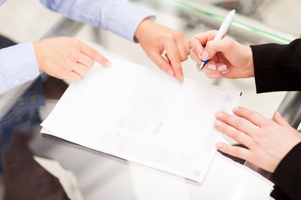 Liittyykö sopimuksiisi jättimäinen riski? Tee testi